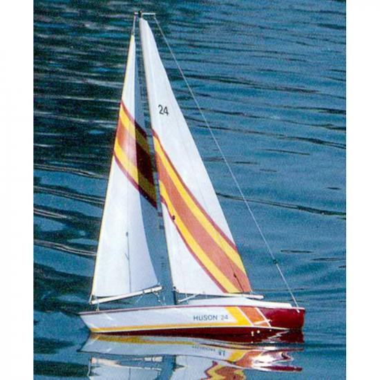 Dumas Huson 24 Sailboat Kit (1117)