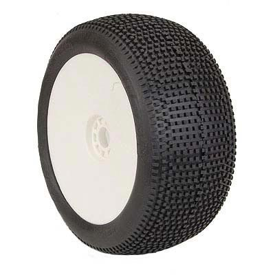 AKA 1:8 Truggy Tyres On Evo White Rims Impact Soft Long Wear (2)