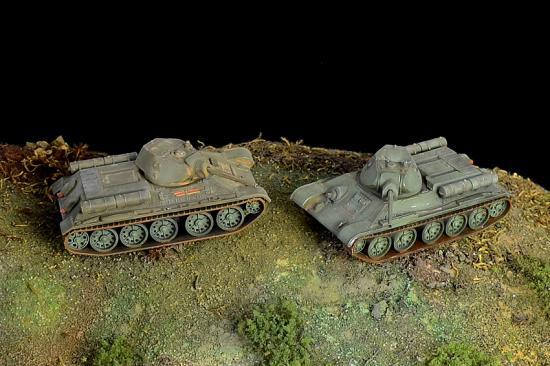 Italeri T34/76 M42(2 Fast Assembly Models)