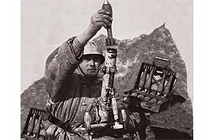 Zvesda 1/72 German 80mm Mortar W/Crew