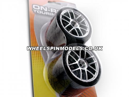 X-Pattern Tyre D Cmpd. Mounted Split 26mm Chrome Rim 4 Pc Set