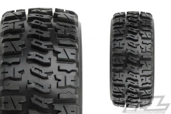 ProLine Trencher X Short Course Tyres Mounted on Black Renegade Wheels (2)