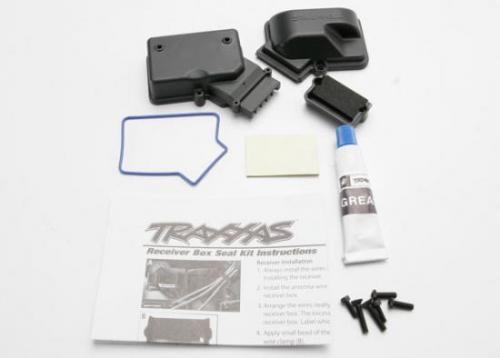 Traxxas Box receiver (sealed)/ foam pad/ siliconee grease/2.5x8mm BCS (2)/ 3x10mm CCS (2)/ 3x15mm CCS (2)