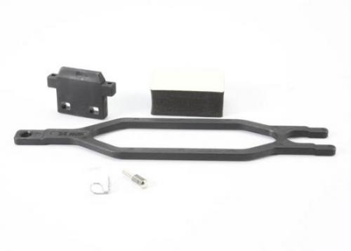 Traxxas Hold down battery/ hold down retainer/ battery post/ foam spacer/ angled body clip